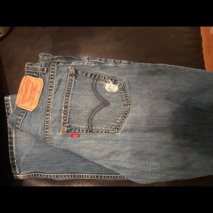 Vintage Levi's Men's 30x32 style 559 Relaxed boot